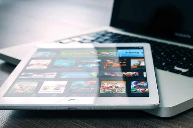 5 Best OTT Video Streaming Platforms in 2020 [Binge-Watch]