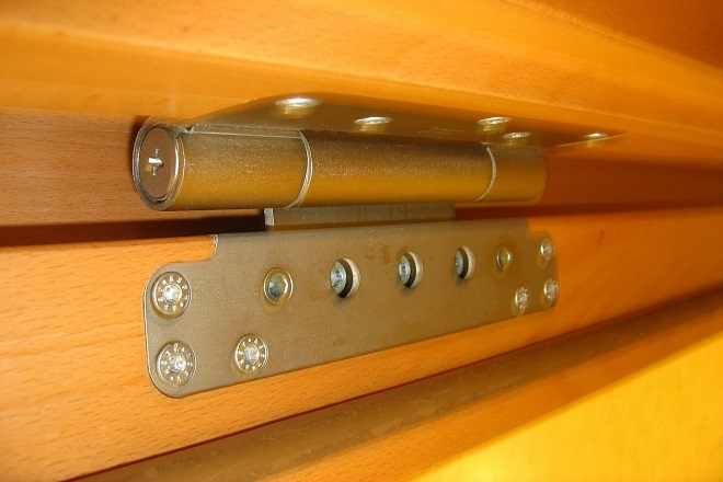 Different Types of Hinges and Their Uses