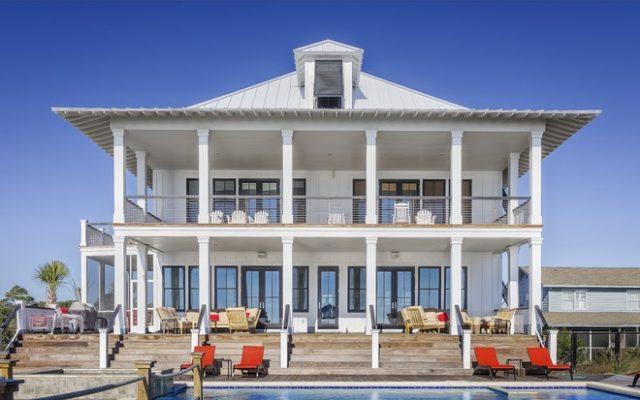 buying a luxury villa